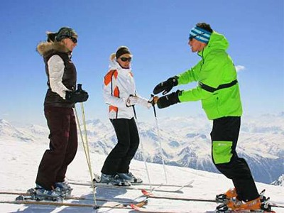 private english ski lessons italian swiss alps cervinia november to april mai