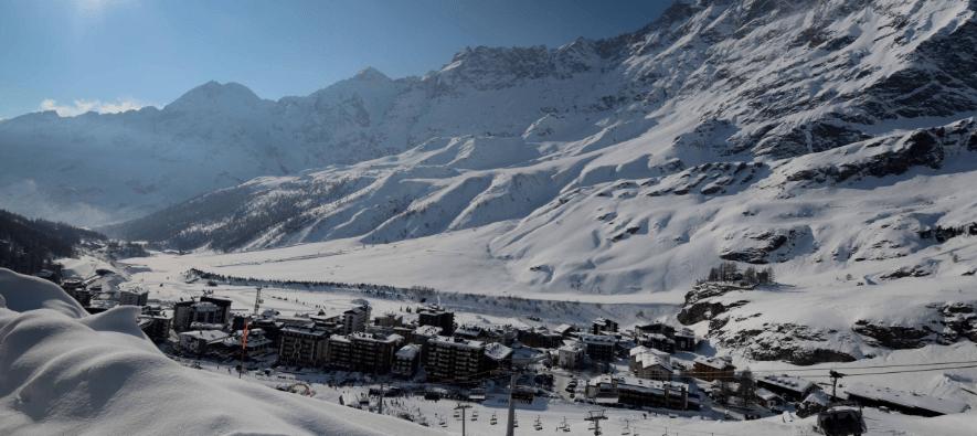Breuil Cervinia Italy english ski lessons with Ski Pros Cervinia